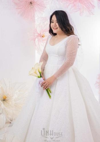 Váy Cưới Big Size Sân Khấu Tay Dài Shine06